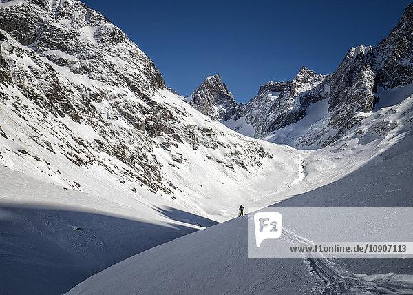 Frankreich  Isere  Les Deux Alps  Vallon du Selle  Tiefschneefahren
