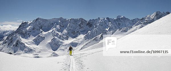Frankreich  Isere  Les Deux Alps  Pic du Galibier  Skibergsteigen