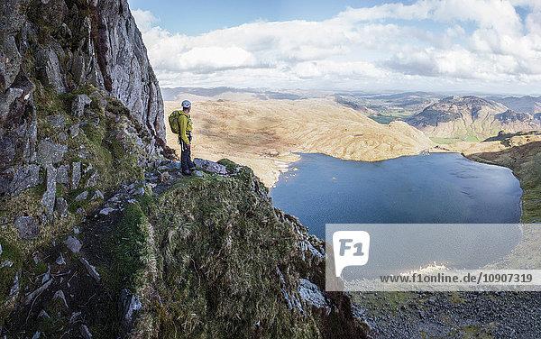 England  Cumbria  Lake District  Langdale  Pavey Ark und Stickle Tarn  Jack's Rake  Kletterer