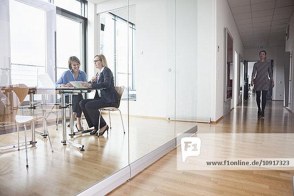 Drei Unternehmerinnen im Amt