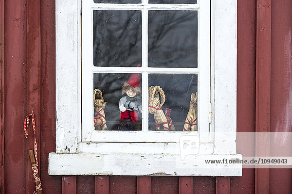 Decorations on windowsill
