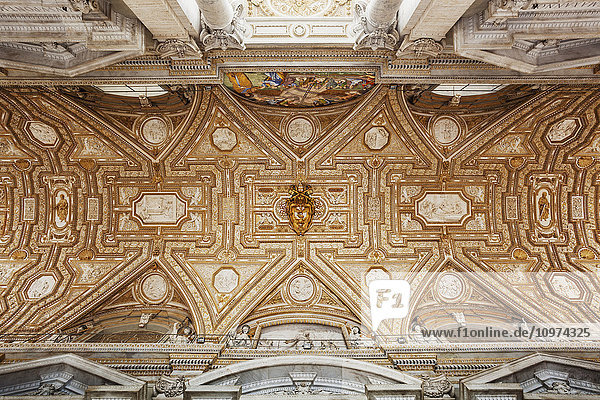 'Detail of ceiling in St. Peter's Basilica  Vatican City; Rome  Italy' 'Detail of ceiling in St. Peter's Basilica, Vatican City; Rome, Italy'