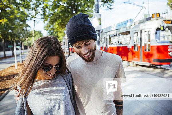 Österreich  Wien  junges verliebtes Paar