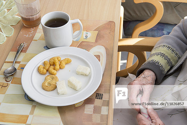 Fingerfood im Seniorenheim