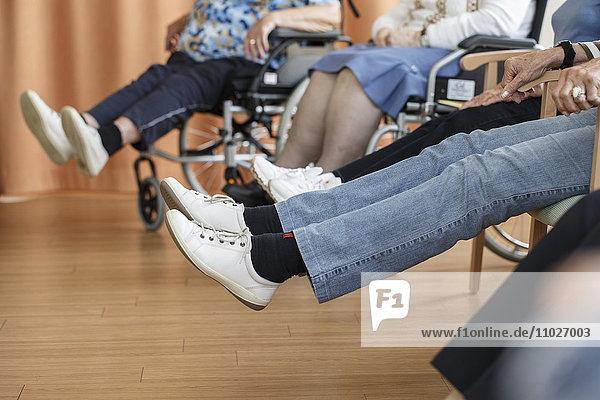 Gymnastik im Seniorenheim