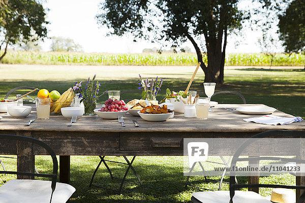 Tischset für das Essen im Freien