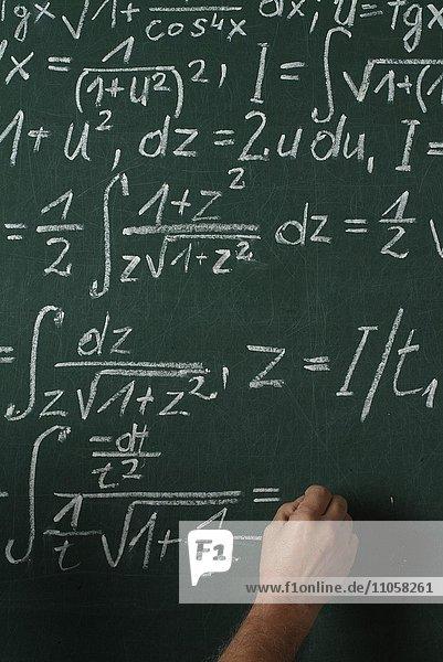 Mathematikunterricht  Schultafel  Hand  Integralrechnung