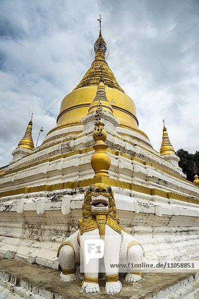 Pagoda  Chinthe statue  ancient city of Inwa or Ava  Mandalay Division  Myanmar  Burma  Asia