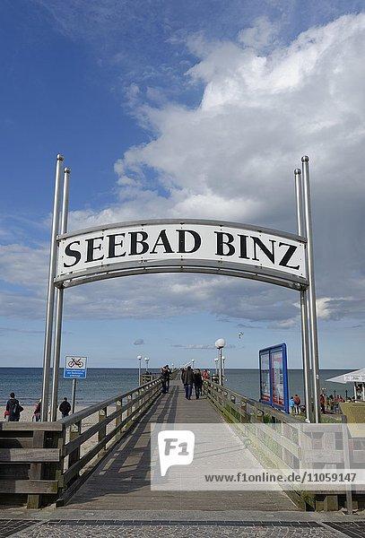 Seebrücke  Seebad Binz  Insel Rügen  Mecklenburg-Vorpommern  Deutschland  Europa