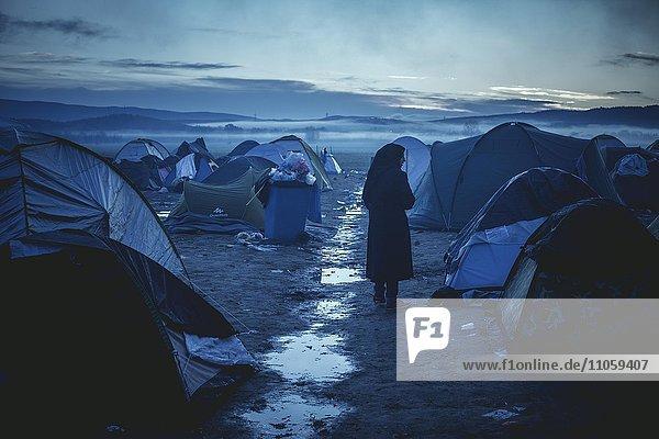 Flüchtlingslager an der griechisch-mazedonischen Grenze  Camp am Morgen nach schweren Regenfällen  Idomeni  Zentralmakedonien  Griechenland  Europa