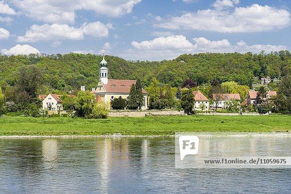 Kleine Kapelle Maria am Wasser  Elbe  Dresden  Sachsen  Deutschland  Europa