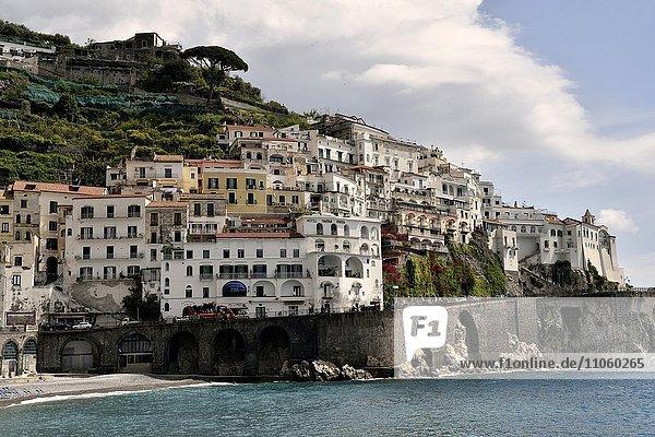 Ortsansicht von Amalfi  Amalfiküste  Costiera Amalfitana  Provinz Salerno  Kampanien  Italien  Europa