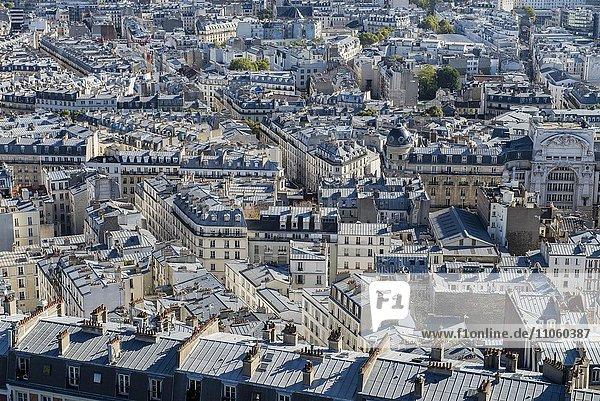 Dächer von Paris von oben  Paris  Frankreich  Europa