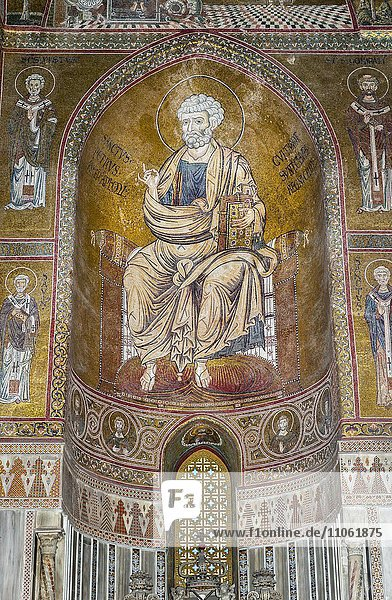 Byzantinische Mosaiken  Apostel Petrus  Apsis rechtes Seitenschiff  Dom von Monreale oder Kathedrale Santa Maria Nuova  Monreale  Provinz Palermo  Sizilien  Italien  Europa