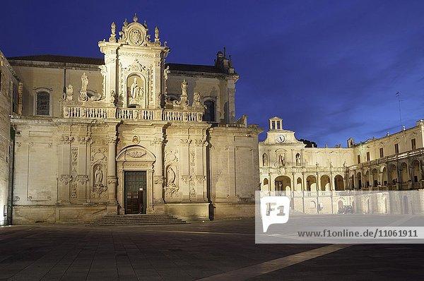 Piazza del Duomo  Lecce  Apulien  Italien  Europa