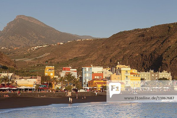 Playa del Puerto  Puerto de Tazacorte  Insel La Palma  Kanarische Inseln  Spanien  Europa