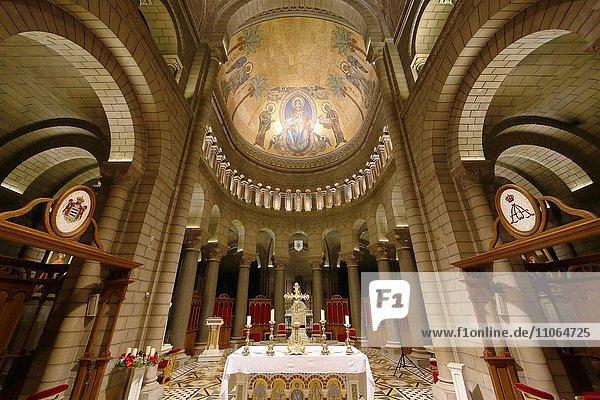 Neoromanische Kathedrale Notre-Dame-Immaculée  Altar und Apsis  Fürstentum Monaco