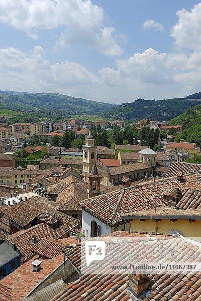 Canelli  Monferrato  Provinz Asti  Piemont  Italien  Europa