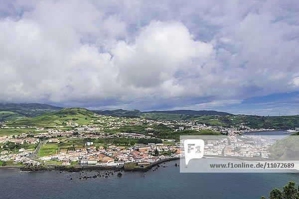 Blick über Horta  Faial  Azoren  Portugal  Europa
