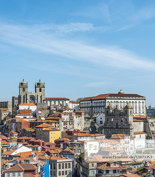 Historic centre with Porto Cathedral  Porto  Portugal  Europe