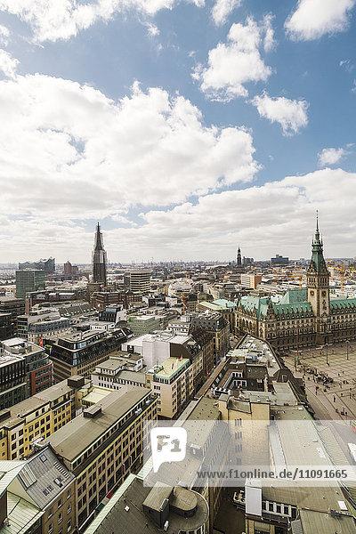 Germany  Hamburg  Town hall and St. Pauli