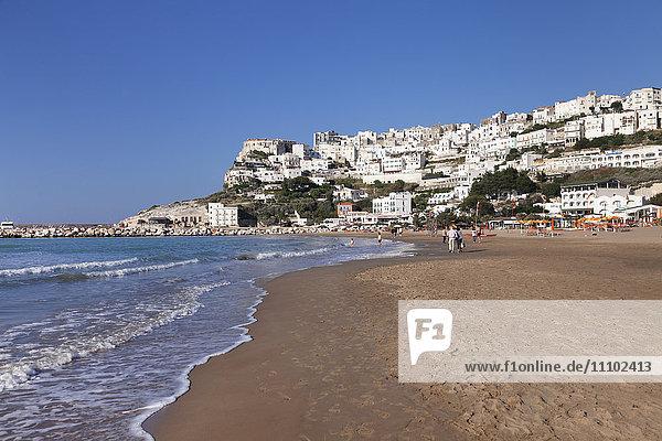Spiaggia di Jalillo beach  Peschici  Gargano  Foggia Province  Puglia  Italy  Europe