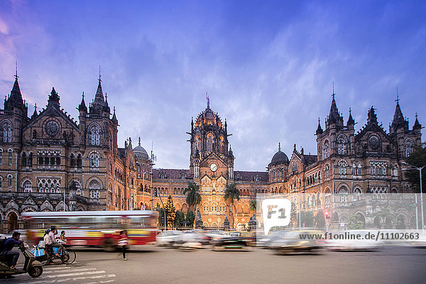 Chhatrapati Shivaji Terminus (Victoria Terminus)  UNESCO World Heritage Site  historic railway station built by the British. Mumbai (Bombay)  Maharashtra  India  Asia