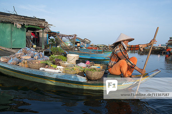 Kompong Luong floating village  Tonle Sap lake  Cambodia  Indochina  Southeast Asia  Asia