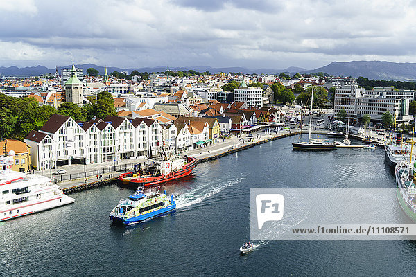 Vagen  Stavanger's inner harbour  Stavanger  Norway's third largest city and centre of the country's oil industry  Norway Scandinavia  Europe