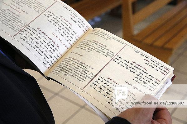 Mass in Saint Thomas's Chaldean Church  Sarcelles  Val d'Oise  France  Europe