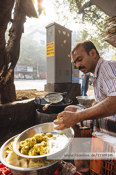 Street food stall  Mumbai  India  South Asia