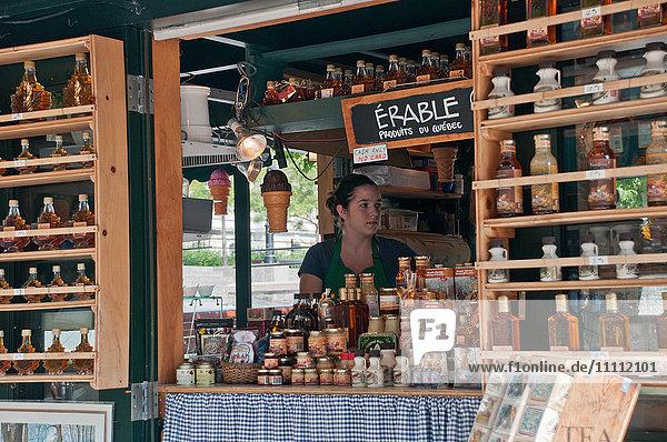 North America  Canada  Québec  Montréal  market