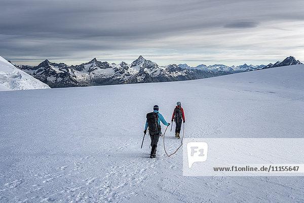 Italien  Gressoney  Alpen  Lyskamm  Bergsteiger