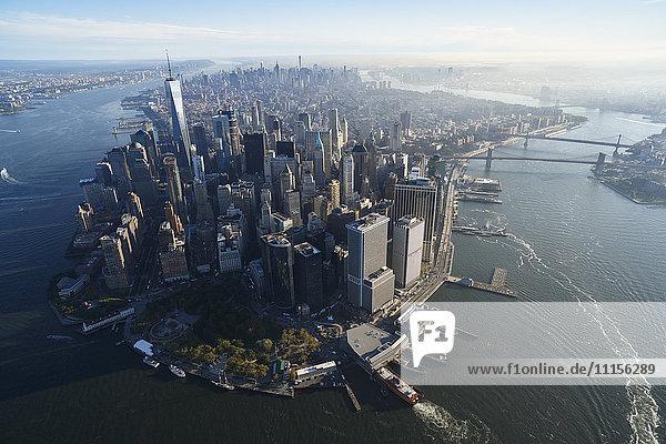 USA  New York  Luftaufnahme von New York City und Manhattan Island USA, New York, Luftaufnahme von New York City und Manhattan Island