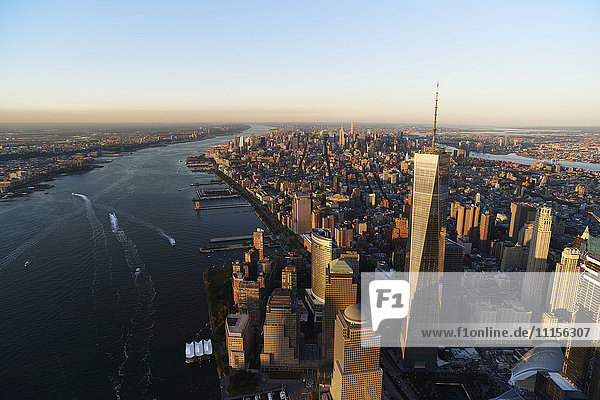 USA  New York  New York City  cityscape with World Trade Center and Hudson River