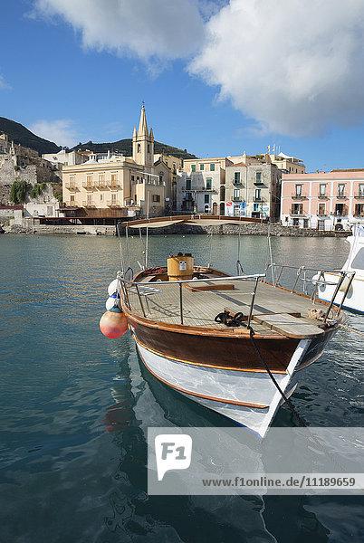 Marina Corta harbor and San Giuseppe church  Lipari Town  Lipari Island  Aeolian Islands  UNESCO World Heritage Site  Sicily  Italy  Mediterranean  Europe