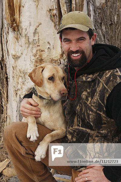 Houndsman Cougar Hunter With Dog
