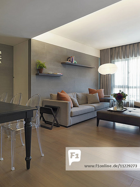 Modern living room and dining room with hardwood floors