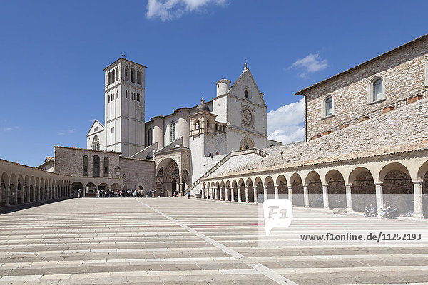 Europe  Italy  Umbria  Perugia. Basilica of St. Francis of Assisi with Lower Plaza in Assisi