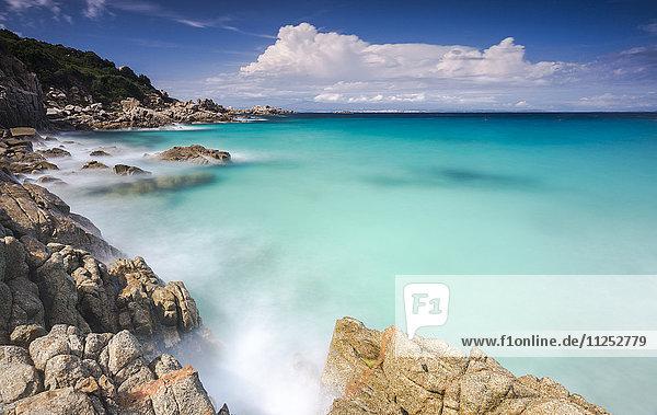 White rocks and cliffs frame the waves of turquoise sea  Santa Teresa di Gallura  Province of Sassari  Sardinia  Italy  Mediterranean  Europe