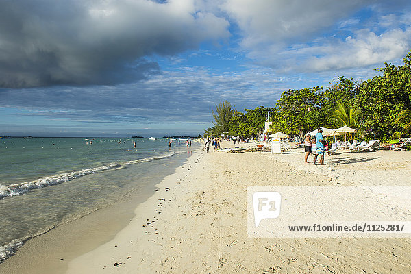 Seven Mile Beach  Negril  Jamaica  West Indies  Caribbean  Central America