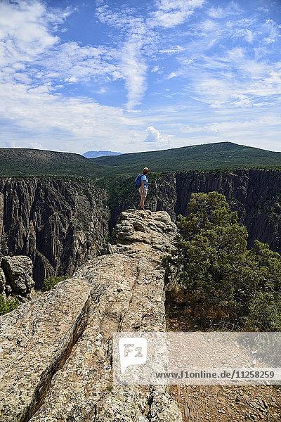 USA  Colorado  Gunnison  Hiker in Black Canyon of the Gunnison