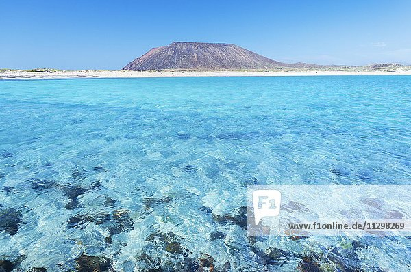 Türkisfarbenes Meer  Insel Lobos  Fuerteventura  Kanarische Inseln  Spanien  Europa Türkisfarbenes Meer, Insel Lobos, Fuerteventura, Kanarische Inseln, Spanien, Europa