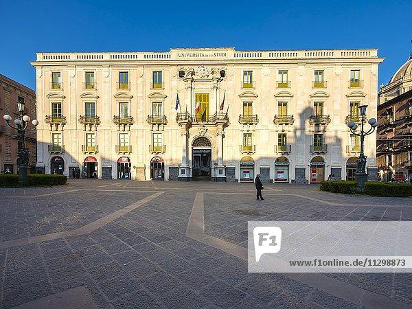 Universität  Palazzo dell Università  Palast  Piazza Universita  Catania  Provinz Catania  Sizilien  Italien  Europa