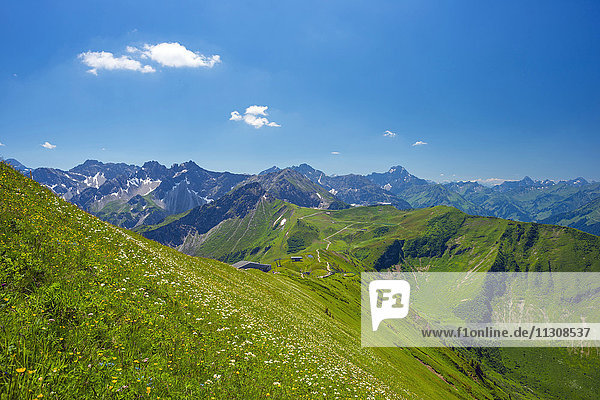 Panorama from the Fellhorn to the Kanzelwand  in 2058 m  and the mountain station Kanzelwand ropeway  behind it the Widderstein  2536 ms  Allgäu Alps  Vorarlberg  Austria  Europe