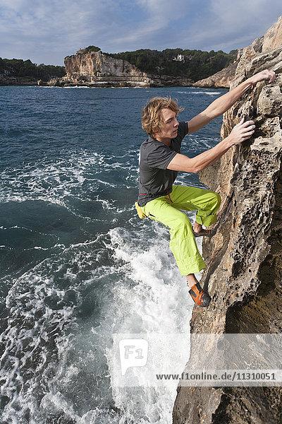 Majorca  Spain  climbing  free climbing  man  sport  boulder  no rope