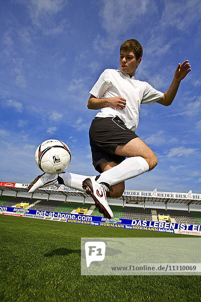 Football  Soccer  action  sport  bicycle kick  overhead kick  scissor kick  ball  man