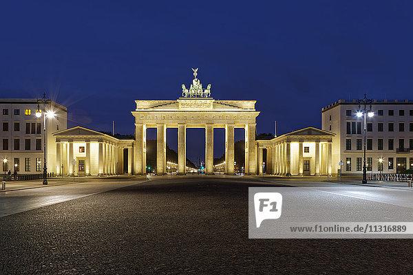 Germany  Berlin  view to lighted Brandenburg Gate by night