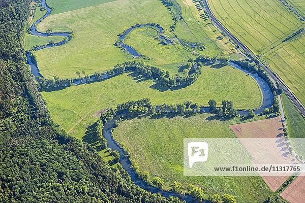 Deutschland  Sallmannshausen  Luftaufnahme Werraschleife mit Oxbowsee