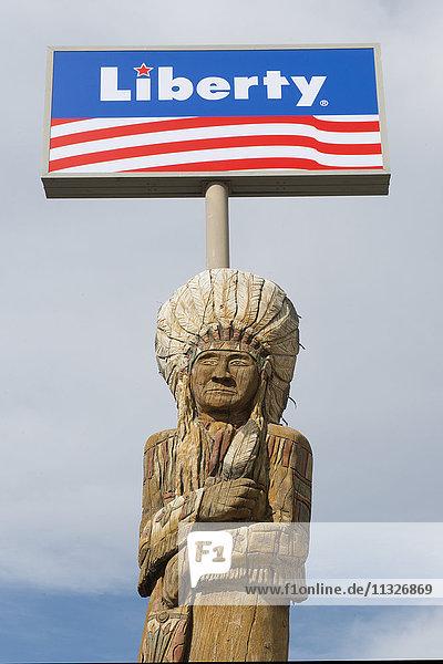 american indian sculpture in Montana